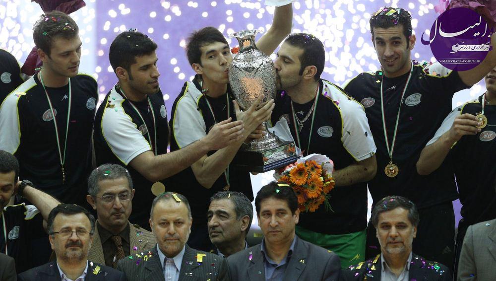 نقل و انتقالات لیگ برتر والیبال فصل 1392/حمزه زرینی برای سومین سال متوالی در آمل ماندنی شد !