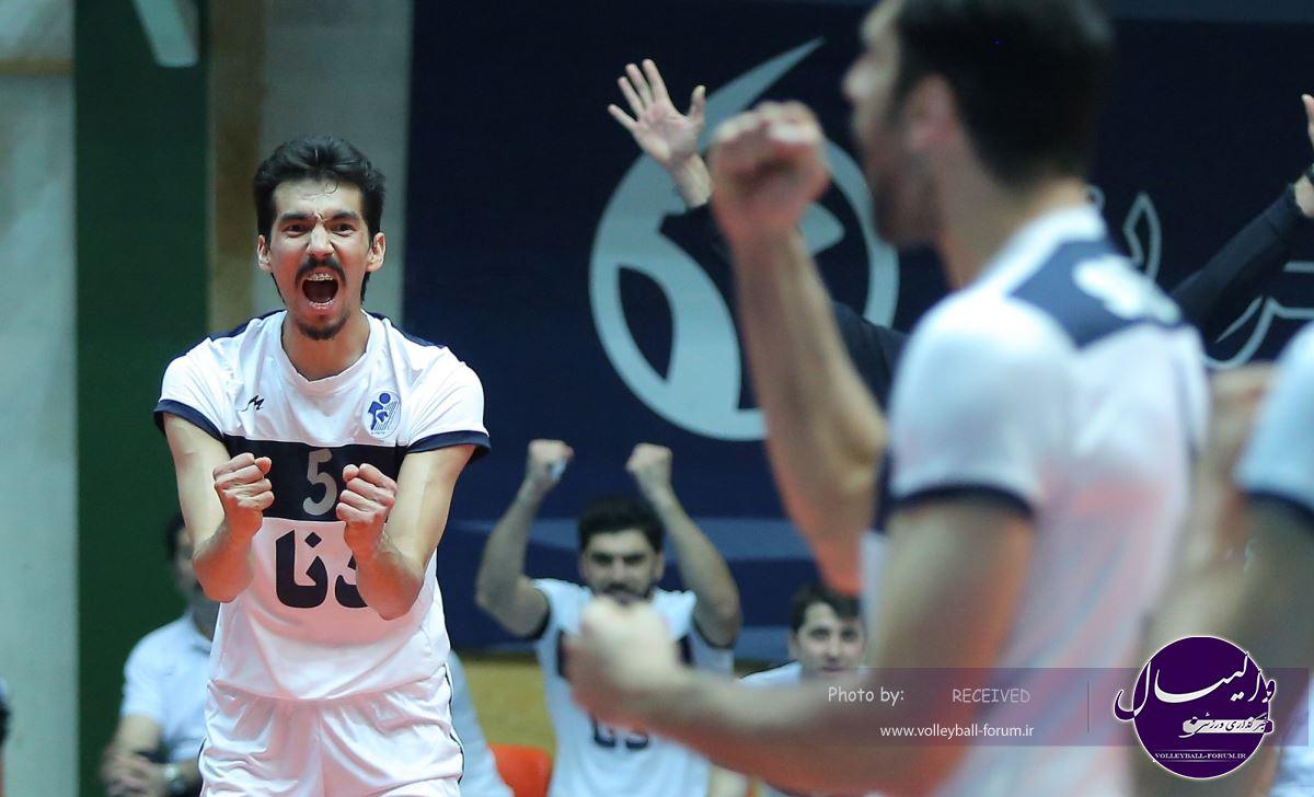 پایان مرحله پلی آف لیگ برتر والیبال / نمایندگان آذربایجان به مصاف میزان و پیکان می روند !