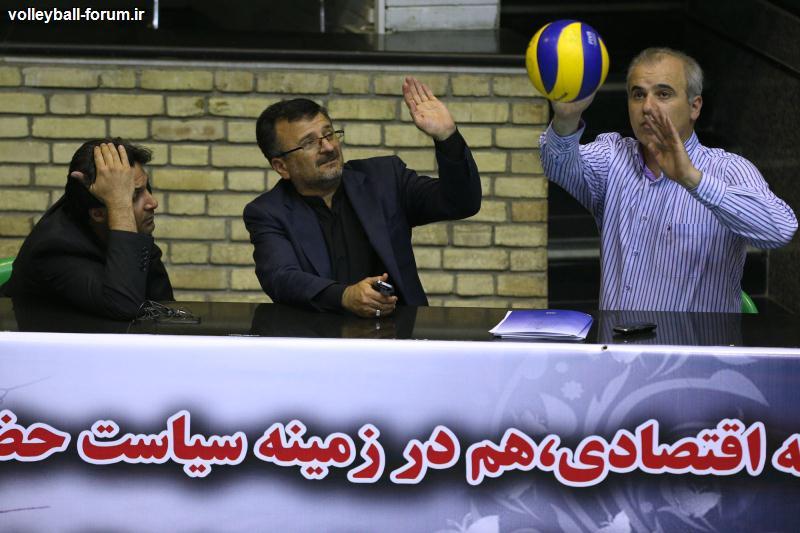 خوش خبر :با پراکندگی ملی پوشان مواجهیم / اختلاف فنی کم میان بازیکنان رقابت را زیاد کرده است !
