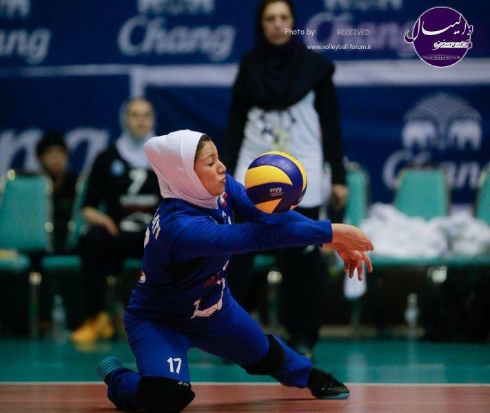 صادقی : اسپانسرها به والیبال بانوان توجهی نمیکنند !