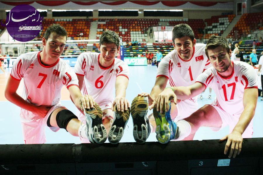 اوزکان موتلوگیل : والیبال ایران علاقمندان زیادی دارد/به دنبال رشد والیبال مردان ترک هستیم !
