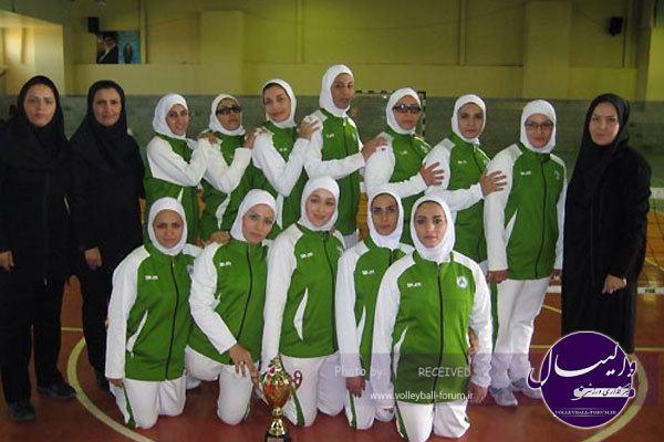 هیات کرمان قهرمان والیبال نشسته بانوان کشور شد