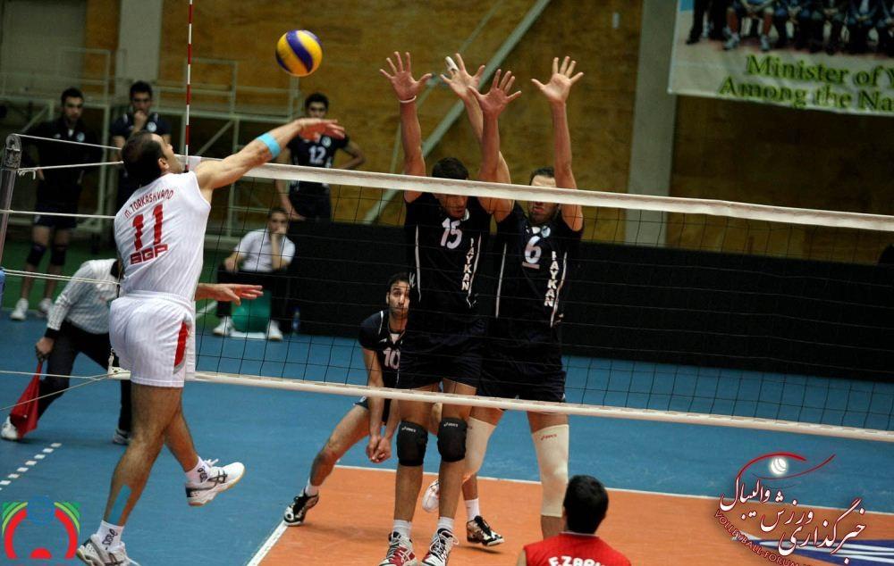 محمد تركاشوند : والیبالیست های جوان نیاز به