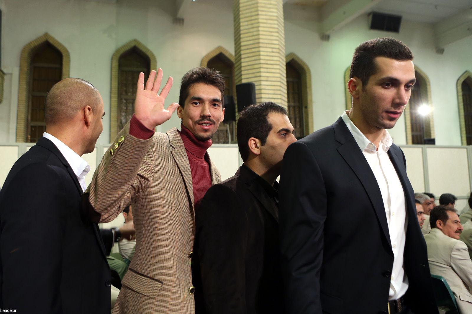 گزارش تصویری از دیدار مردان طلایی والیبال با مقام معظم رهبری