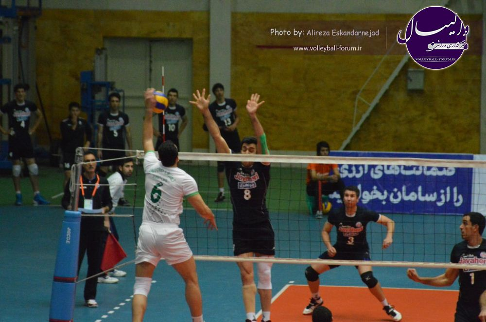 تصویر : http://up.volleyball-forum.ir/up/volleyball-forum/Pictures/DSC_0428.jpg
