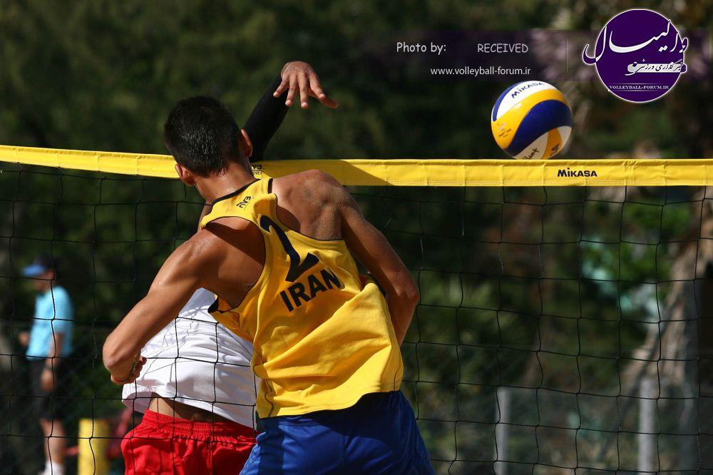 مدعیان به نیمه نهایی لیگ والیبال ساحلی راه یافتند/دانشگاه آزاد اسلامی ب قهرمان دور سوم !