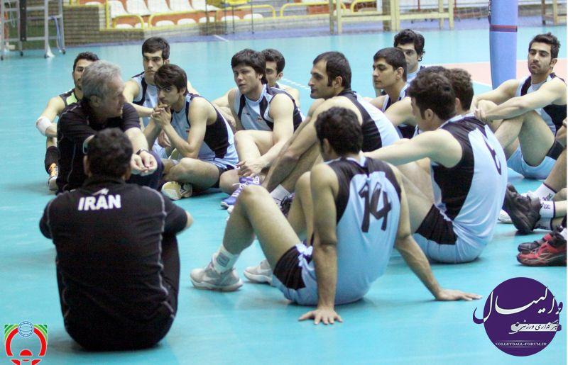 40 بازیکن به اردوی تیم ملی والیبال