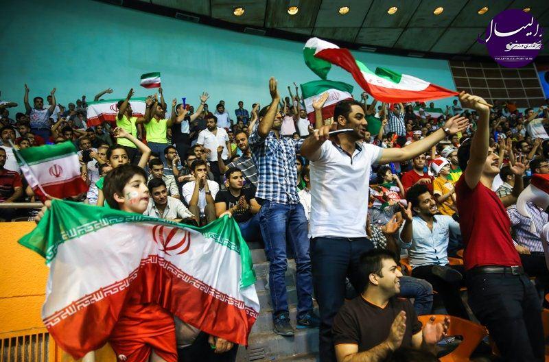 موافقت شورای امنیت با حضور بانوان در سالن های ورزشی