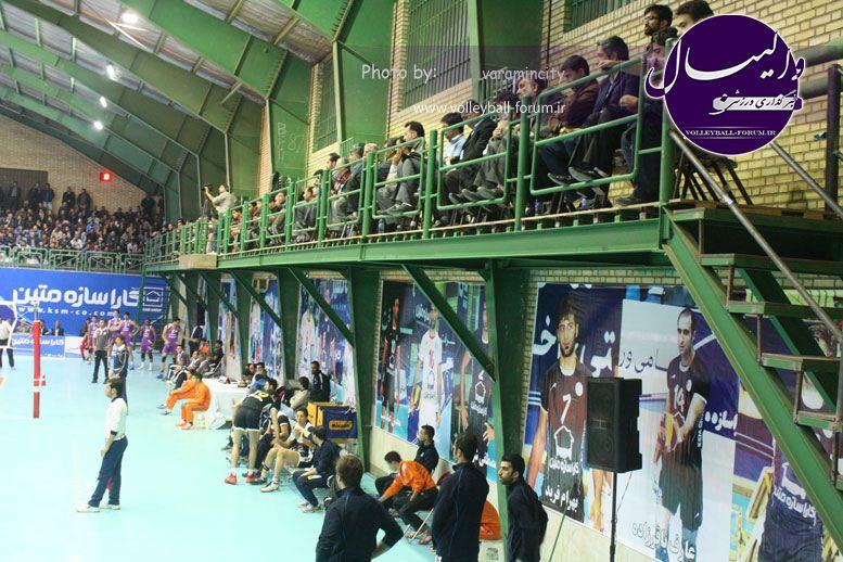 تصویر : http://up.volleyball-forum.ir/up/volleyball-forum/Pictures/matin-aloominiyom-92-09-24-www-varamincity-com-(22).jpg