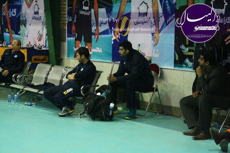 تصویر : http://up.volleyball-forum.ir/up/volleyball-forum/Pictures/matin-aloominiyom-92-09-24-www-varamincity-com-(56).jpg
