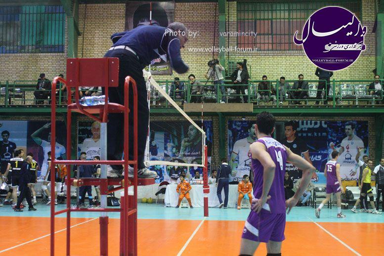 تصویر : http://up.volleyball-forum.ir/up/volleyball-forum/Pictures/matin-aloominiyom-92-09-24-www-varamincity-com-(58).jpg