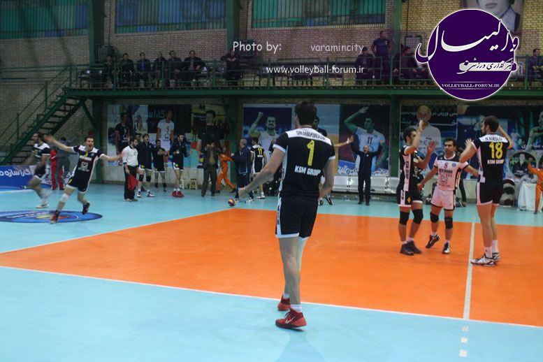تصویر : http://up.volleyball-forum.ir/up/volleyball-forum/Pictures/matin-aloominiyom-92-09-24-www-varamincity-com-(59).jpg