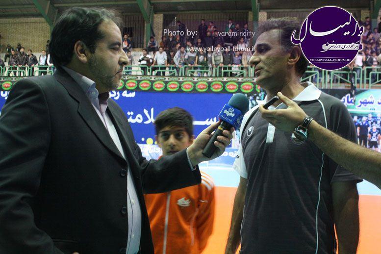 تصویر : http://up.volleyball-forum.ir/up/volleyball-forum/Pictures/matin-aloominiyom-92-09-24-www-varamincity-com-(67).jpg