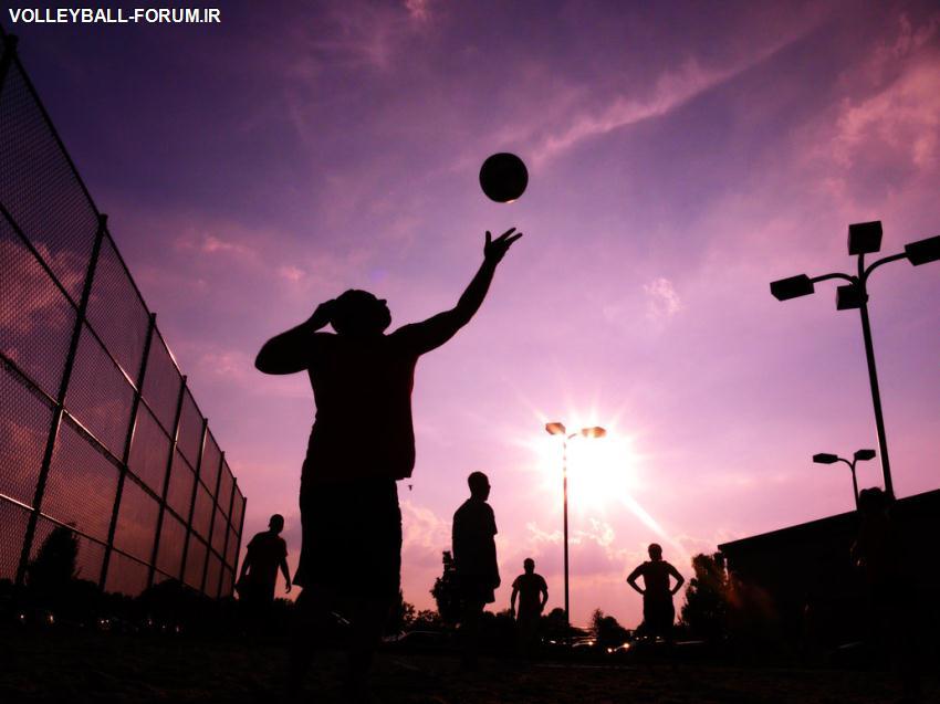 جزئیات ترکیب یک تیم والیبال در زمین والیبال !