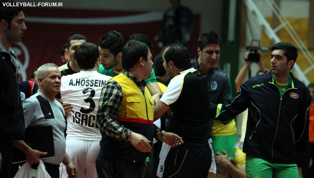رییس کمیته انضباطی :رای کمیته ی انضباطی فدراسیون والیبال پس ازپایان مرحله پلی آف اعلام می شود!