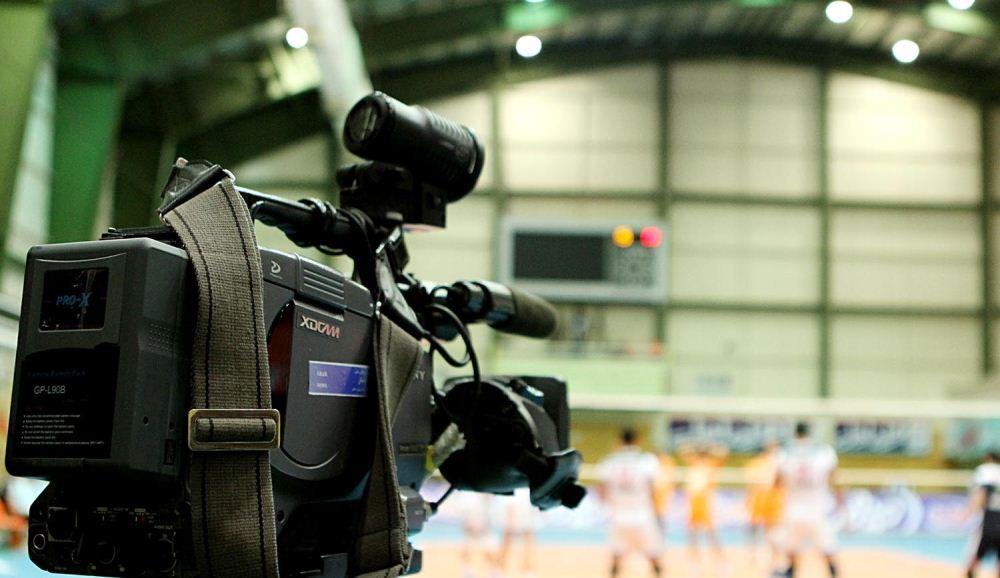 پخش زنده دیدار پیکان تهران-کاله مازندران از شبکه سوم سیما/مرحله دور رفت پلی آف لیگ برتر والیبال!
