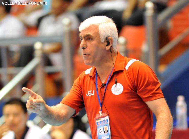 عباس برقی :امیدوارم هر تیمی بیشتر زحمت کشیده باشد پیروز شود/من اهل کری خوانی نیستم!