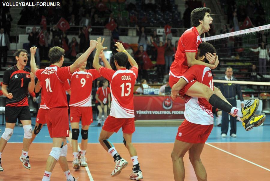 پیش از شرکت در رقابتهای اروپا؛ ملی پوشان نوجوان والیبال ترکیه از فردا در تهران اردو می زنند!