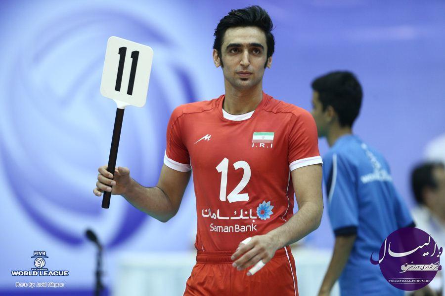 پوریا فیاضی: برای تیم ملی آرزوی موفقیت میکنم / نمیخواهم سنگی در راه موفقیت والیبال باشم !