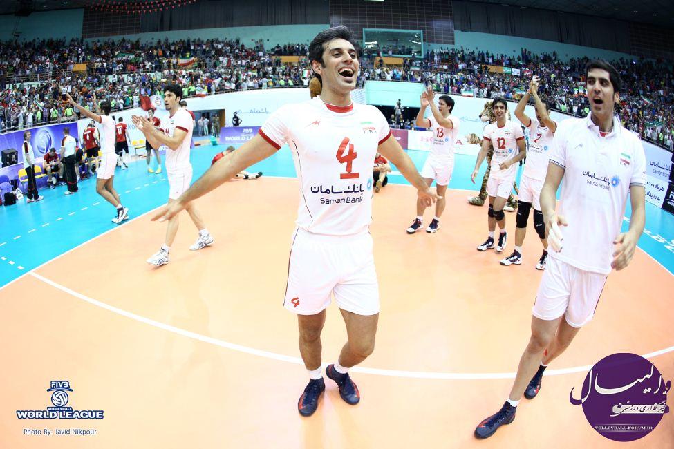 کاپیتان تیم ملی : در بازی اول و دوم شرایط سختی خواهیم داشت/ انگیزه همه بازیکنان بالا است !