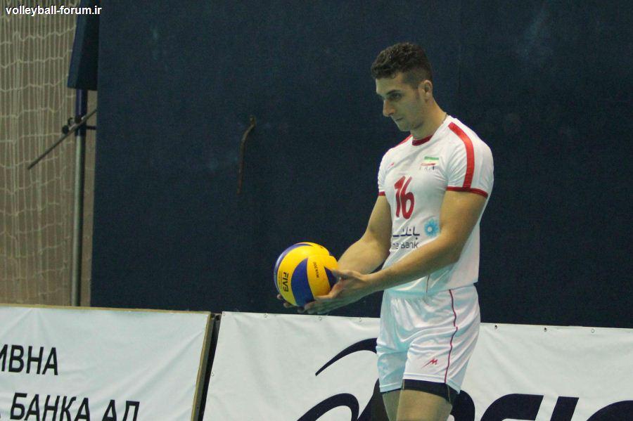 آرمین تشکری مدرسه والیبال راه اندازی میکند!