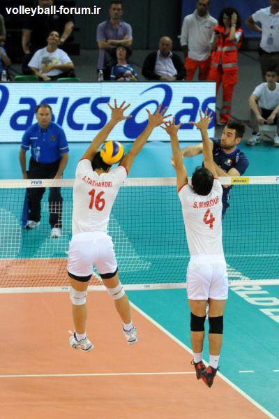 ست دوم تیم ملی والیبال ایران و ایتالیا/ایران برنده ست دوم/مسجل شدن یک امتیاز !