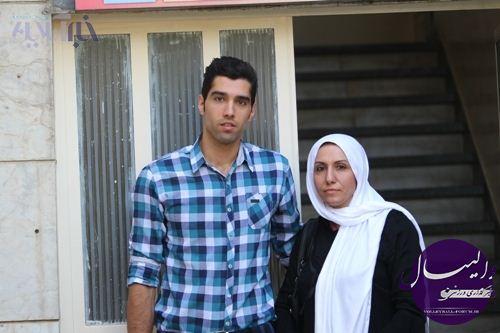 مصاحبه مفصل خبر آنلاین با محمد موسوی و مادرش/برای گیتی پسند مجانی بازی کردم !