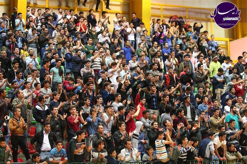 ﺳﻪشنبه 1394/09/17 ساعت: 17:00 هفته 10 ليگ برتر واليبال : جواهري گنبد - شهرداري اروميه زنده از شبکه ورزش