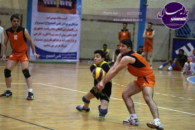 پیروزی والیبال ثامن الحجج بر گوهر کویر زاهدان