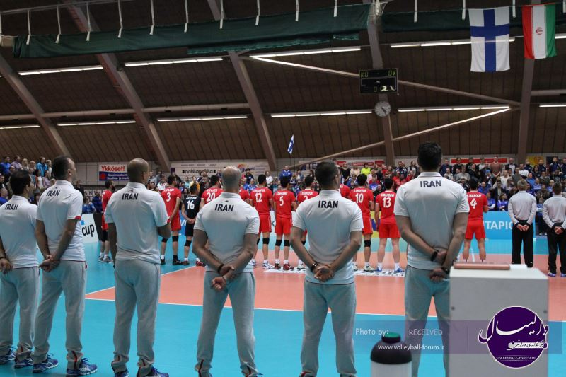 مصاحبه مربیان و ملی پوشان تیم ملی والیبال پس از دیدار با فنلاند (ویدیو)