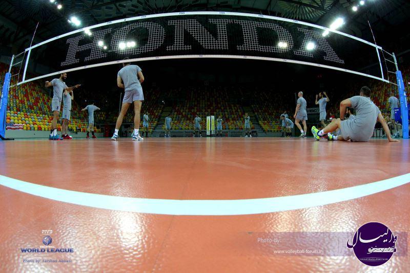 تیم ملی والیبال در لهستان