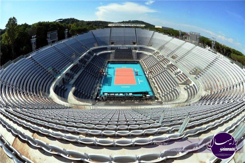 پارکتهای والیبال به جای چمن در ایتالیا(عکس)