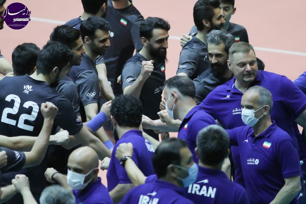 اتفاق عجیب در والیبال ایران؛ مذاکره با بازیکنان در اردوی تیم ملی +واکنش دبیر فدراسیون !