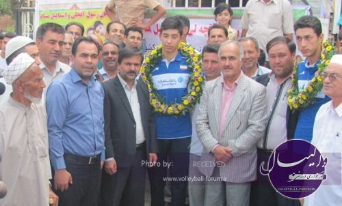 بازگشت نوجوانان والیبالیست با مدال برنز جهانی به ترکمن صحرا