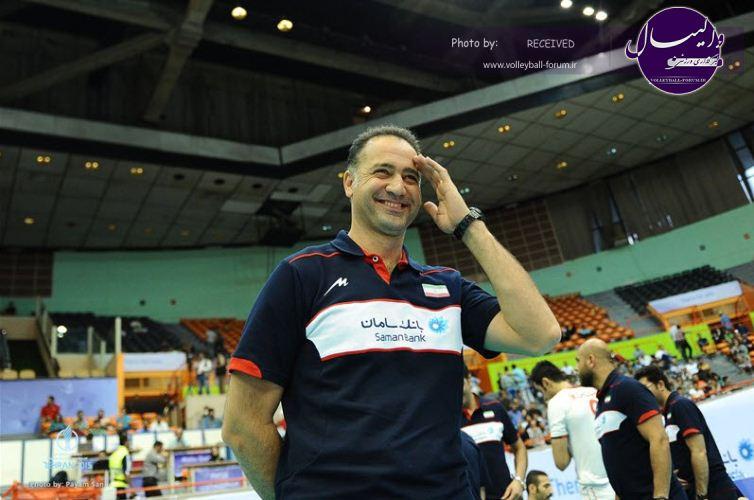 پیمان اکبری: فردی که روزی به من التماس میکرد حالا مدعی والیبال شده!