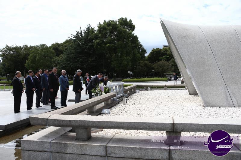 ادای احترام کمیته کنترل به قربانیان حادثه هیروشیما +عکس