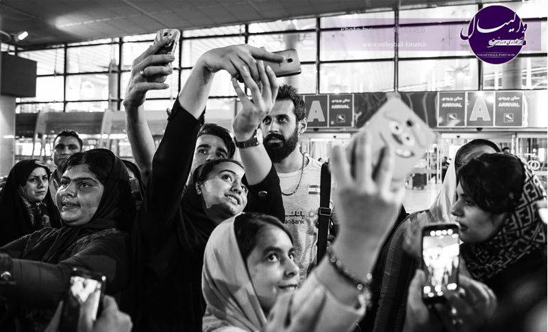 عکس/ بازار داغ سلفی با ملی پوشان