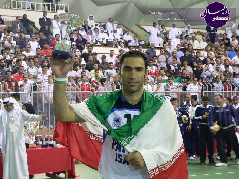 محمد ترکاشوند : یک مربی بزرگ باید هدایت تیم ملی را به عهده بگیرد